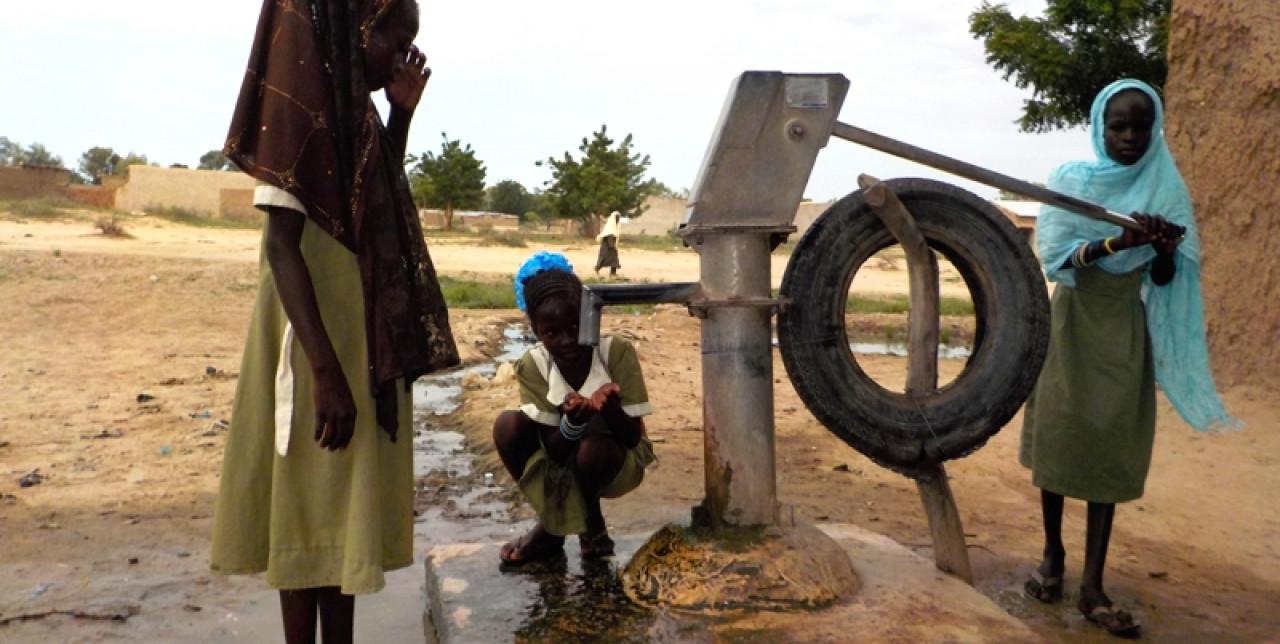 Camerun, educazione in emergenza : attività e risultati