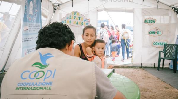 Higiene para apoyar a los migrantes venezolanos