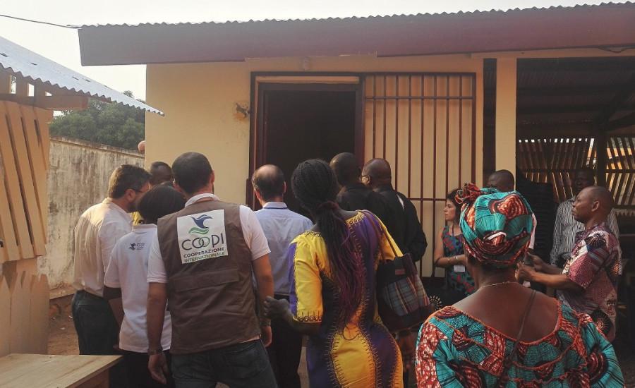 RCA: pronti 7 negozi di rifornimento per gli allevatori