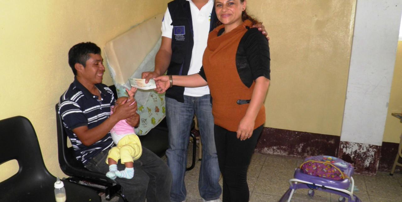 Lottiamo insieme a Reina contro la malnutrizione in Guatemala