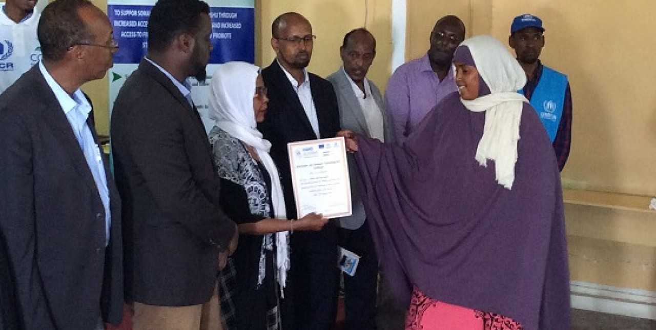 Somali refugees return home and achieve vocational certificate
